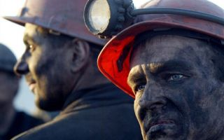 Минтруд дает разъяснение по поводу компенсаций за вредные условия труда